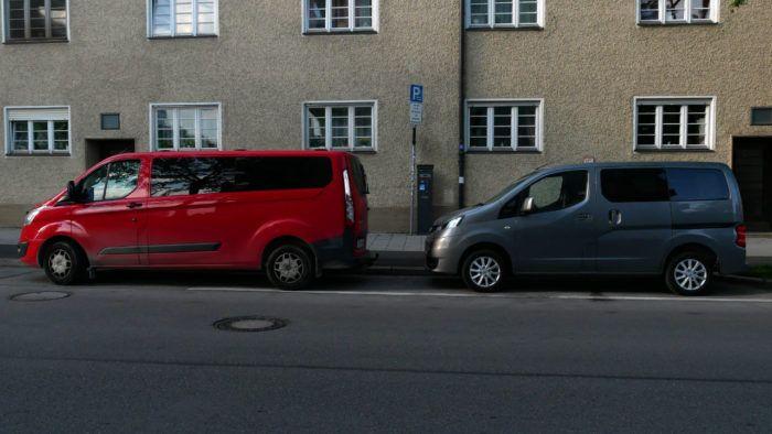 Größenvergleich Ford Tourneo Lang vs. Nissan NV 200